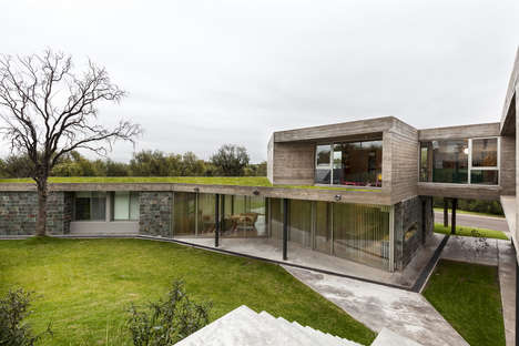 Earth-Embedded Homes