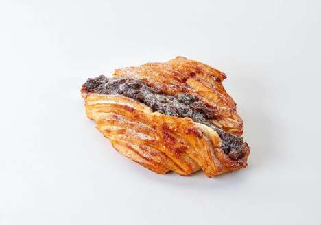 Mince Pie Croissant Hybrids - UK Bakery Paul's Remixes an On-the-Go Breakfast with Mincemeat