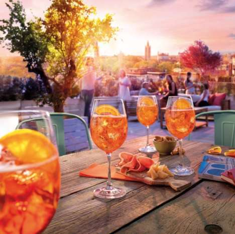 Cocktail-Themed Festivals - The UK is Hosting an Aperol Big Spritz Social with an Orange Canal