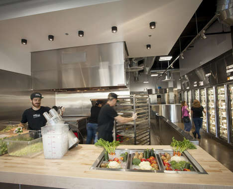 Trend maing image: In-Store Pet Food Kitchens