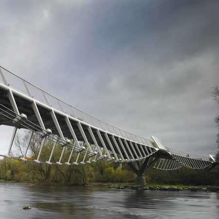 26 Awe-Inspiring International Bridges
