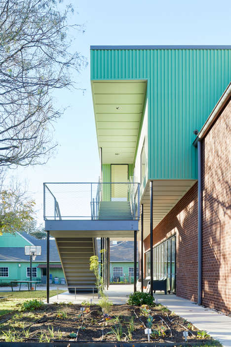 Eclectic Quadrangular Schools - The Griffin School Combines Several Oddly Shaped Volumes