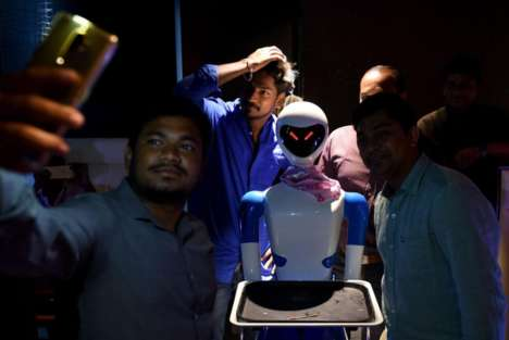 Gourmet Restaurant Robot Waiters