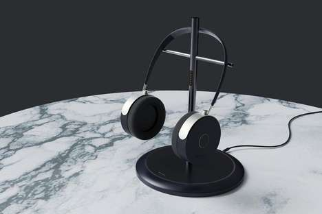 Elegant Charger Headphone Stands