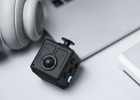 Bluetooth-Connected Fidget Cubes