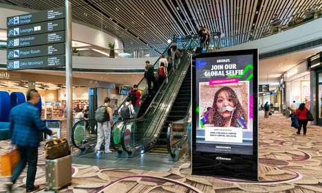 Traveler-Connecting Selfie Campaigns - Absolut & JCDecaux Singapore Launch an Interactive Initiative