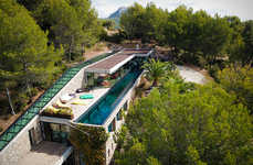 Luxurious Aquarium Villas - The Villa on the Rocks is an Elongated Retreat in the South of France