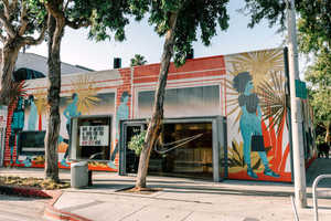 Tech-Infused Concept Stores