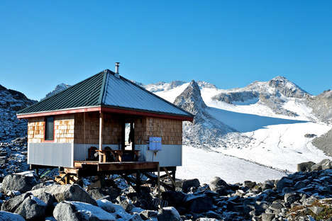 Versatile Ski Cabins - The American Alpine Lodges are Minimal Yet Comfortable Mountain Retreats