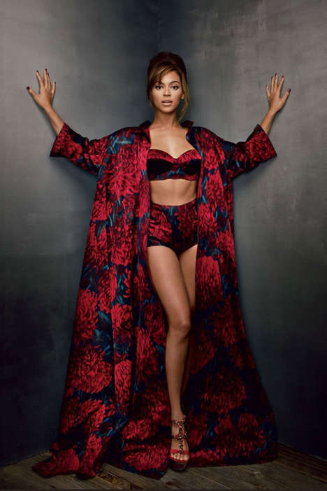 Celebrity-Driven Fashion Magazines - Vogue's September 2018 Issue Will Be Directed by Beyoncé