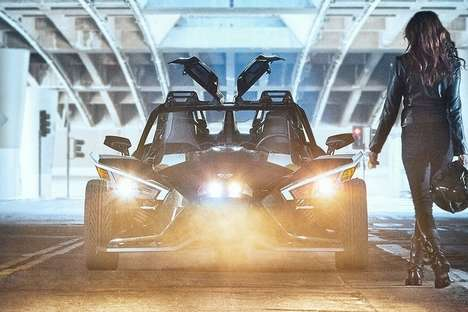 Sporty Three-Wheeled Vehicles - The 2019 Polaris Slingshot Grand Touring is Ready for Long Drives