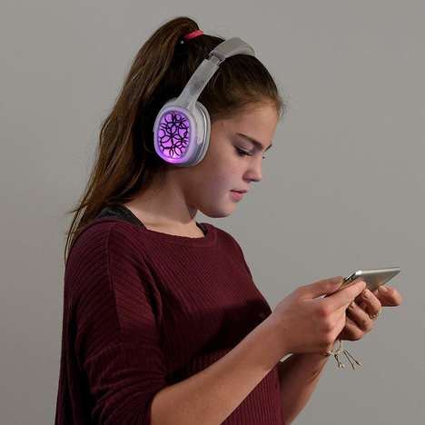 Premium DIY Youngster Headphones - The Bose BOSEbuild Headphones Let Kids Personalize the Accessory