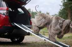 Automotive Pet Accessory Packs - Land Rover's 'Pet Packs' Offer Dog-Friendly Travel Solutions