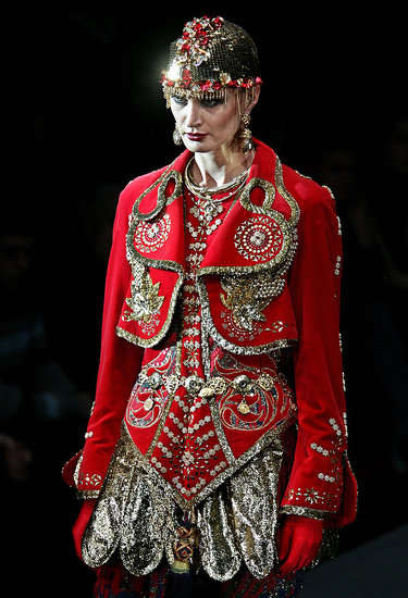 Russian Ballet Couture - Slava Zaitsev's Eccentric Moscow Fashion Week Runway
