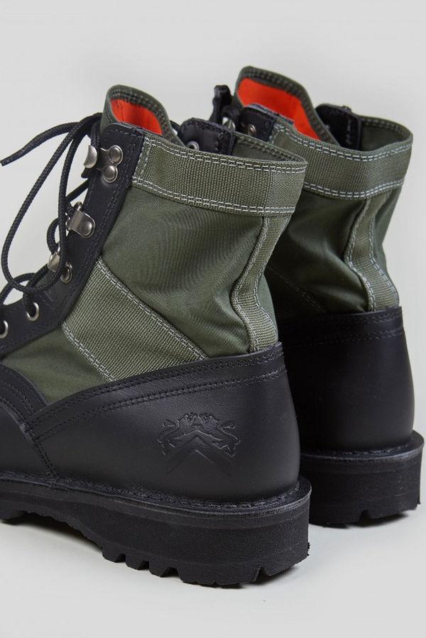 Heavy Duty Militaristic Boots : Jungle boot