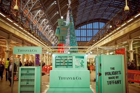 Scent-Diffusing Holiday Trees - Tiffany & Co. and Coty Set Up a Towering Scented Christmas Tree