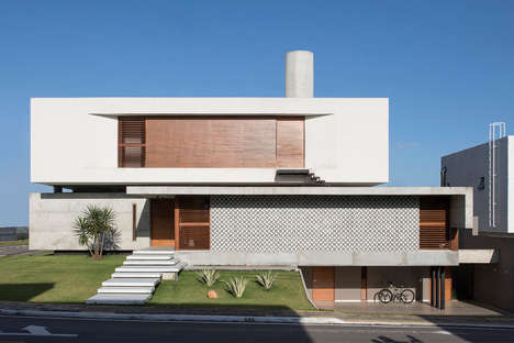Refined Geometric Modern Houses