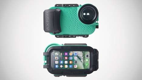 Underwater Videographer Smartphone Cases