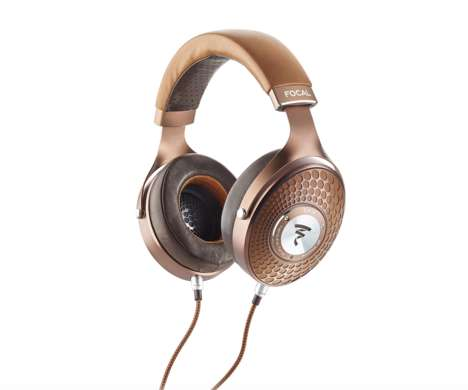 Luxurious Circum-Aural Headphones