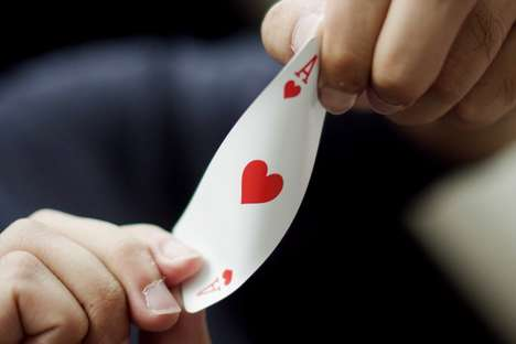 Travel-Focused Playing Cards