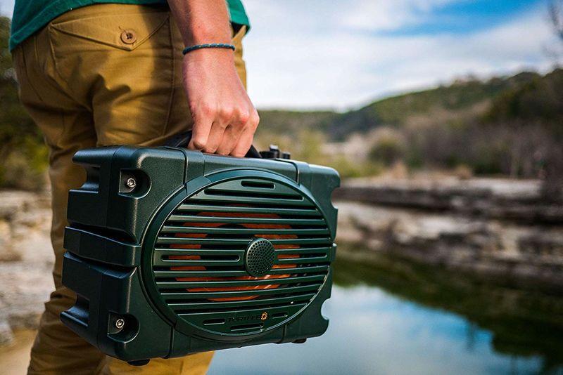 Distortion-Free Adventure Speakers : Turtlebox Waterproof
