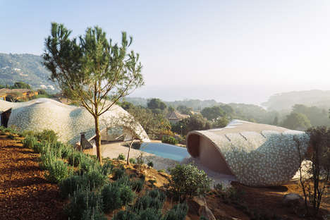 Landscape-Extending Organic Designs - Cloud 9 Boasts a Stunning Mediterranean Architecture Design