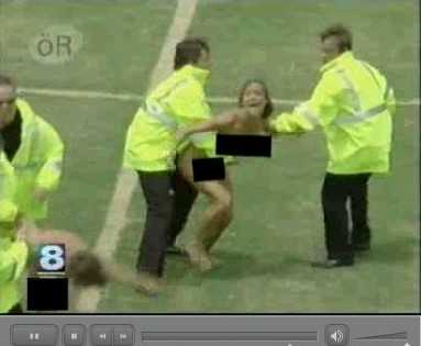Streaker Love Story - Shameless Public Nudity