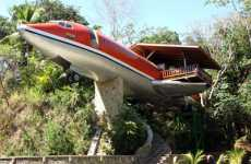 Recycled Aircraft Suites - Costa Verde Hotel's Boeing 727 Airframe Room