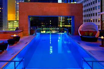 20 Stunning Swimming Pools