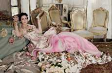 Victorian-Era Editorials - Emily Blunt is Regal in 'There Will be Beauty' for Vanity Fair