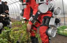 Robotic Exoskeletons - 'Wearable Agrirobot' Power Suit Helps Farm Harvest & Pruning