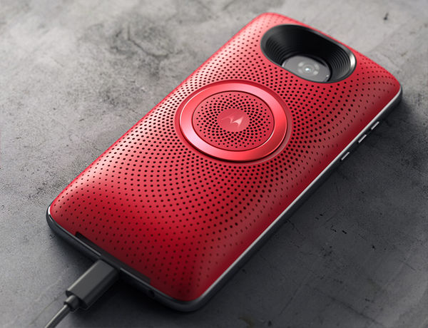 Clip-on Smartphone Speaker Units - The Moto Stereo Speaker Mod Features High-Quality Drivers