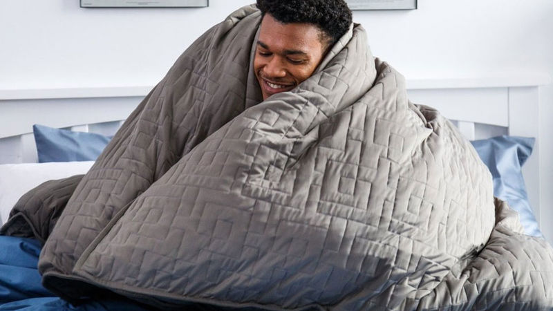 15 Stress Relieving Weighted Blankets