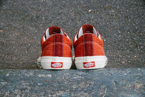 Brick Textural Casual Sneakers