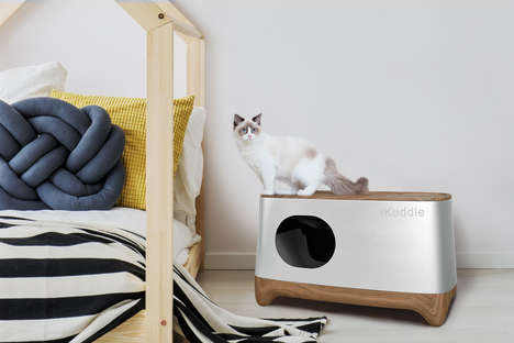 Auto-Packing Litter Boxes - iKuddle's Self-Cleaning Cat Litter Box Separates Waste from Clean Litter