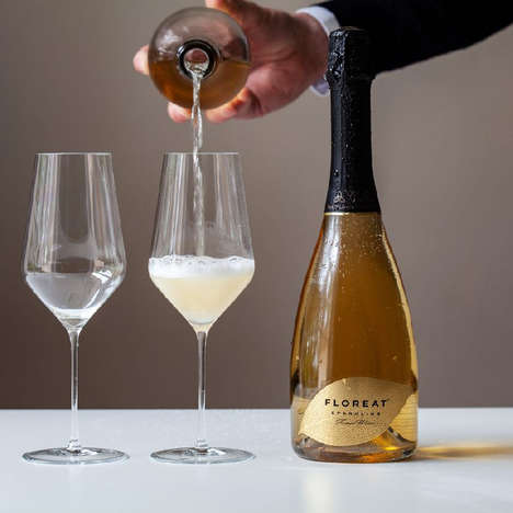 Sparkling Botanical Wines