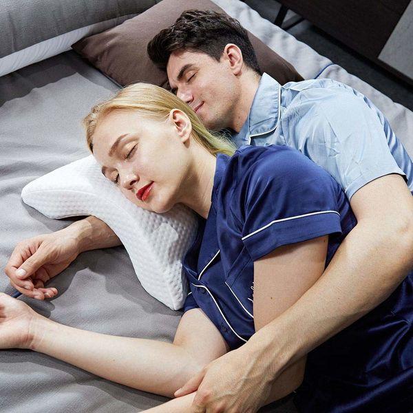 Ergonomic Memory Foam Pillow