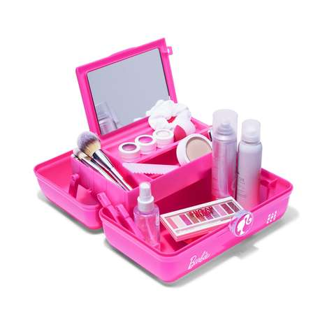 Doll-Themed Beauty Boxes