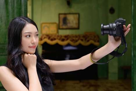 Social Media Vlogger Cameras