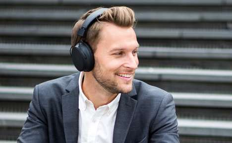 Connected Retro-Style Headphones