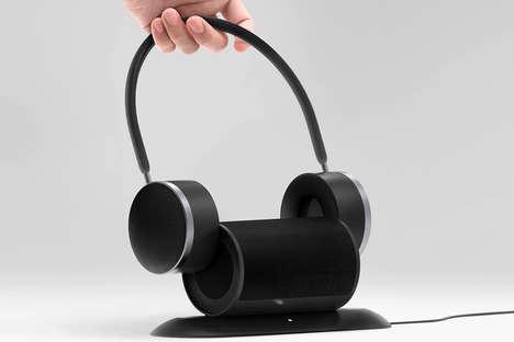 Headphone-Equipped Desktop Speakers