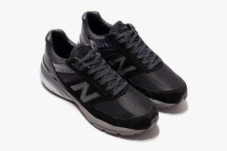 All-Black Tonal Casual Sneakers
