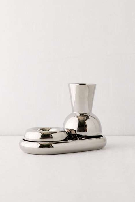 Dynamic Metal Decor Dishes