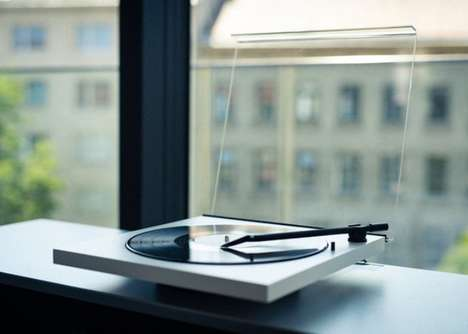 Chic Wire-Free Record Players