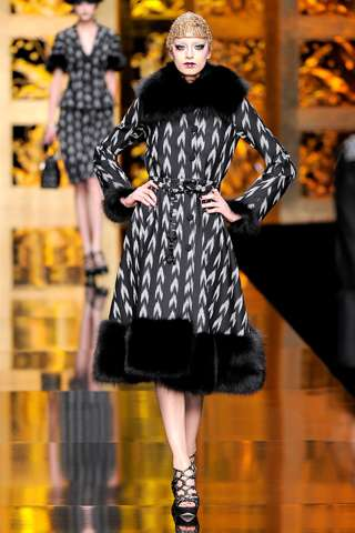 Clash Pattern Fashion