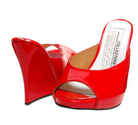 Undersized Shoes - Maison Martin Margiela's Collectible Wedge is Unwearable