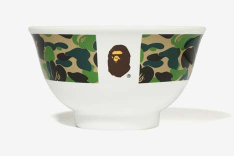 Camo-Detailed Logo Tableware