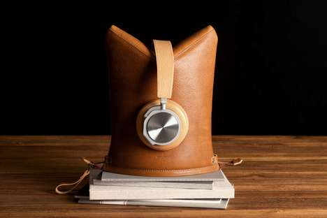 Headphone Stand Tech Cases