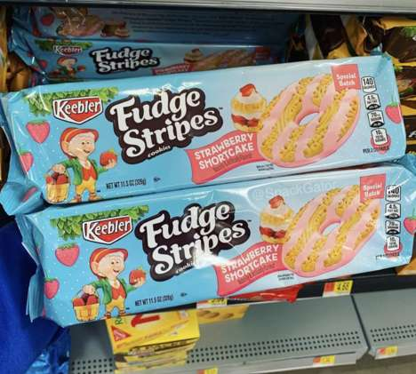Cake-Flavored Strawberry Biscuits