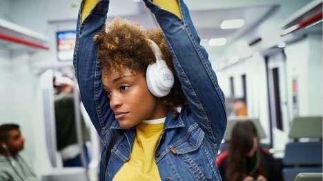 Voice Assistant-Connected Headphones